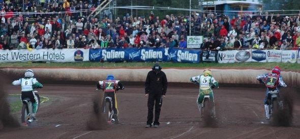 Speedwayen borjar bli farlig
